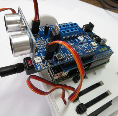 SimpleBot with ultrasonic and servos.jpg